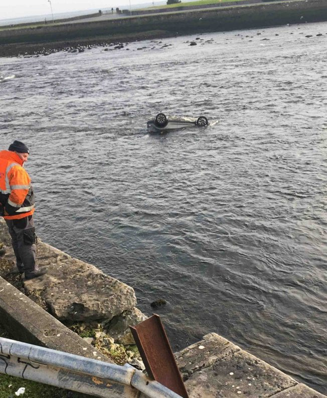 Astonishing photos of car in Corrib