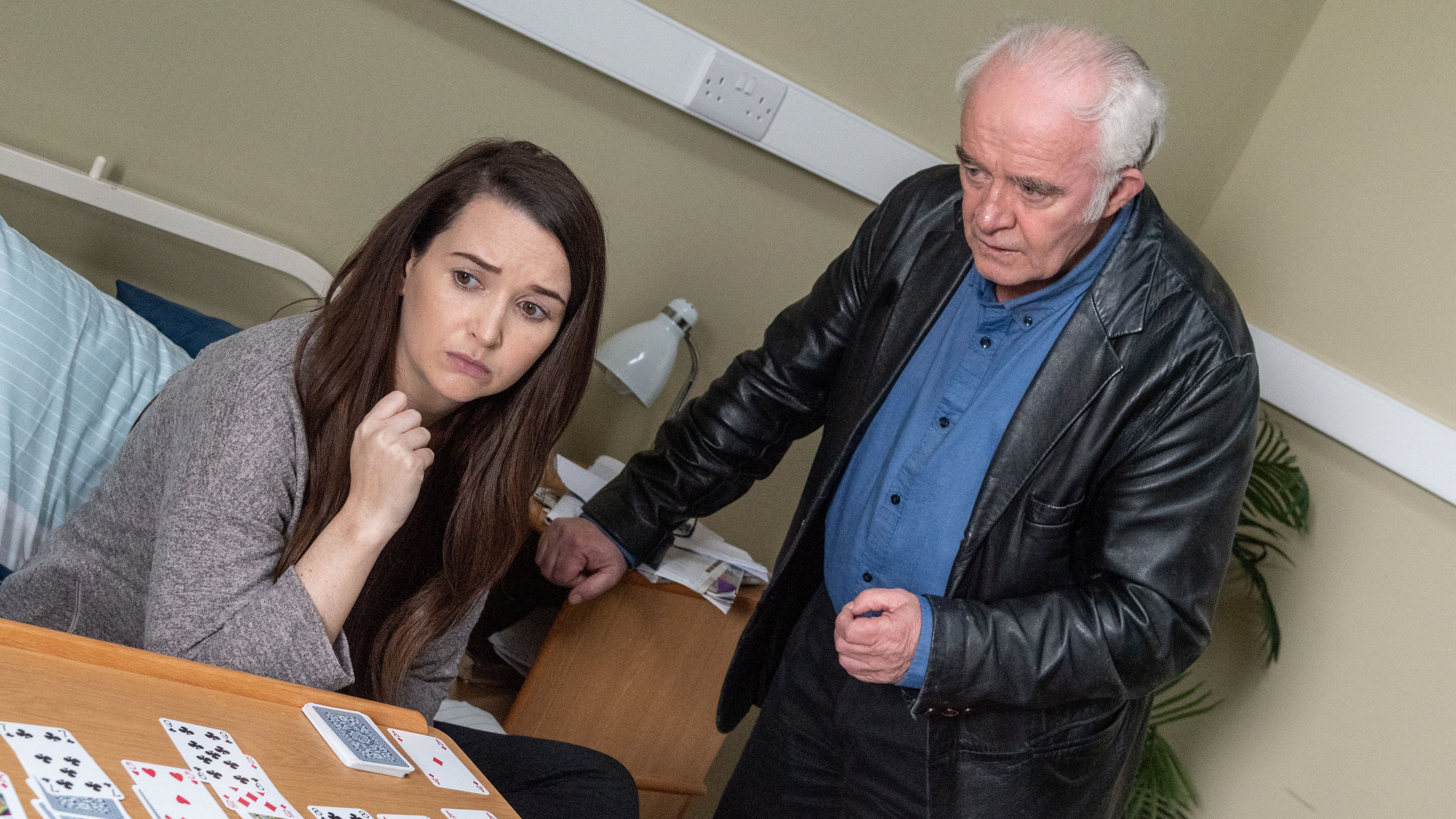 Tadhg plots Katy's release from hospital in Ros na Rún