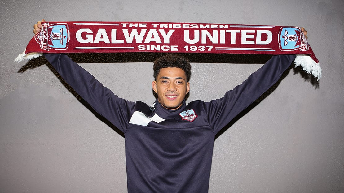 Galway United signs striker Mikey Place